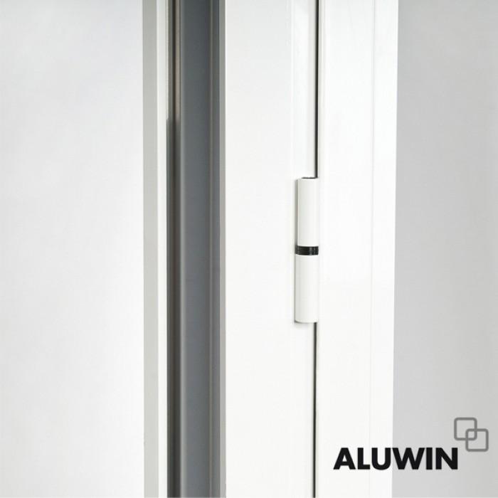 Puerta abatible una hoja rotura puente termico con for Ventanas de aluminio con persiana baratas