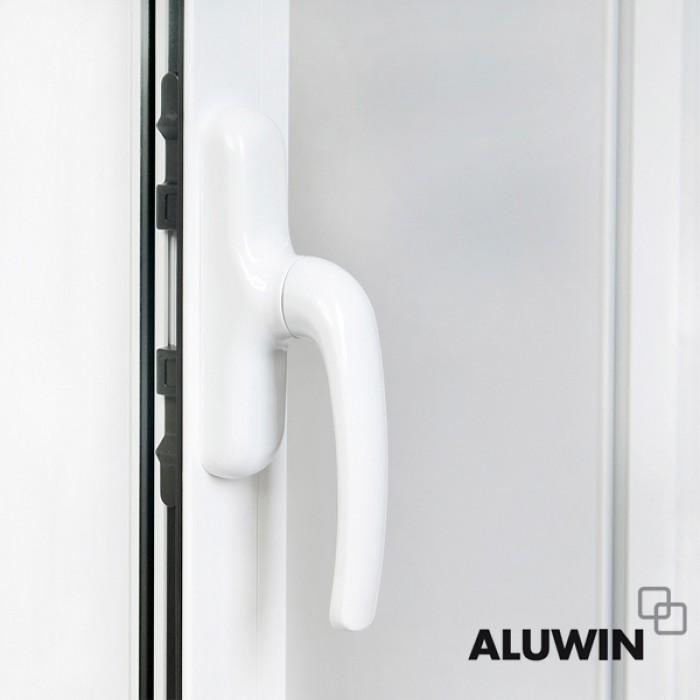 Puerta abatible una hoja con persiana ventanas abatibles for Puertas oscilobatientes